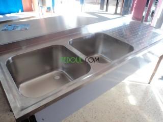 TABLE PLONGE RAYONNAGE HOTTE EN INOX