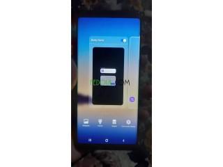 Samsung galaxy Note 8 bel kartona