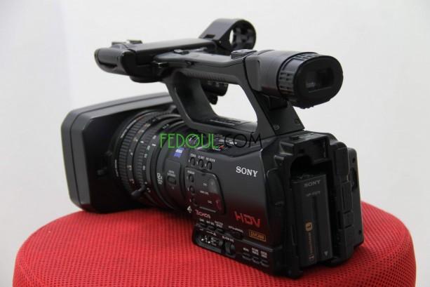 camera-sony-z7e-big-1