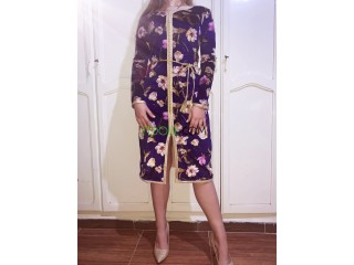 Robe caftan en velour imprimé قفطان قاطيفة عصري