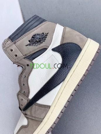 custom-sneakers-nike-air-jordan-1-made-plaid-edition-1-big-0