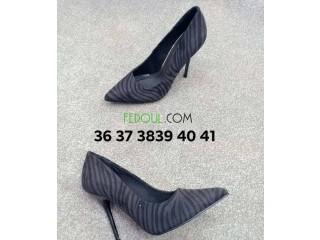 Chaussures originale très bon affaire venue de l'Espagne marque connue