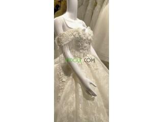 Location robe blanche