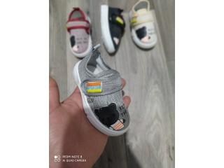 Chaussure pour enfant nouvel arrivage