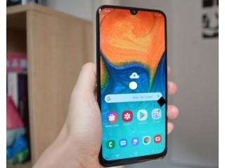 Vente un smartphone samsung Galaxy A30
