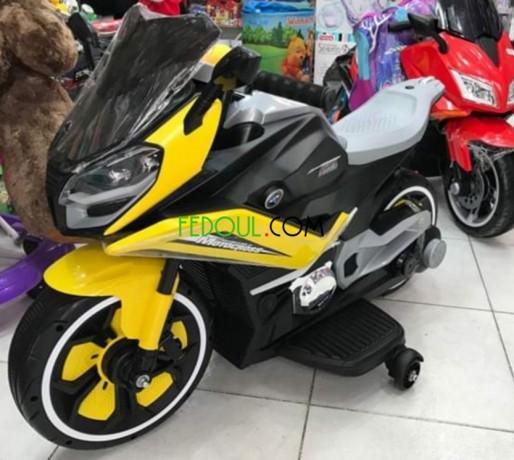 moto-electrique-pour-enfant-bmw-big-0